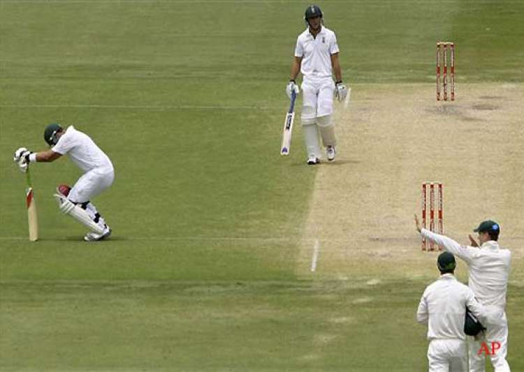 kallis in doubt for third test with hamstring injury- India Tv