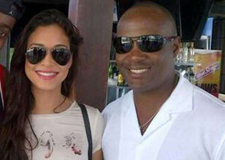 know miss scotland who hit brian lara for a six- India Tv