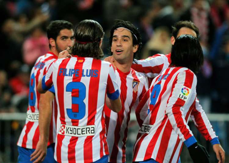 atletico wins 1 0 at granada to stay in 2nd place- India Tv