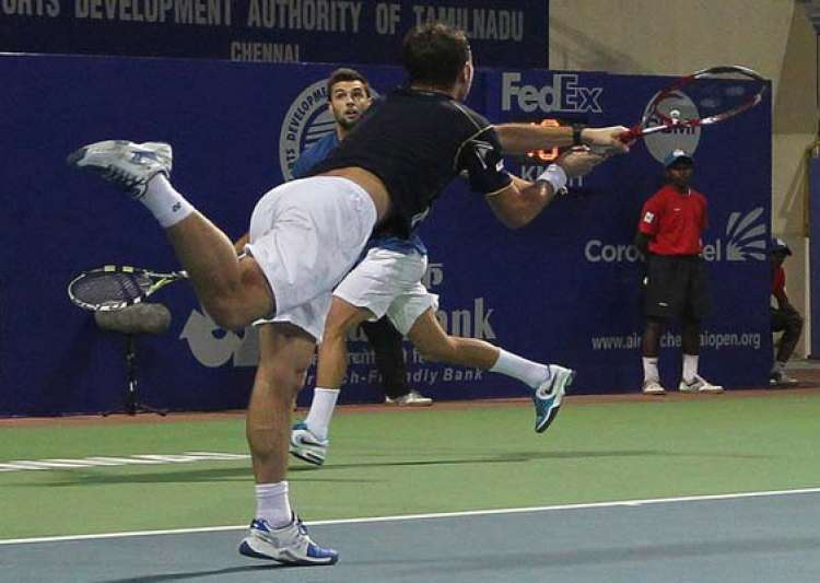 easy win for paire and wawrinka- India Tv