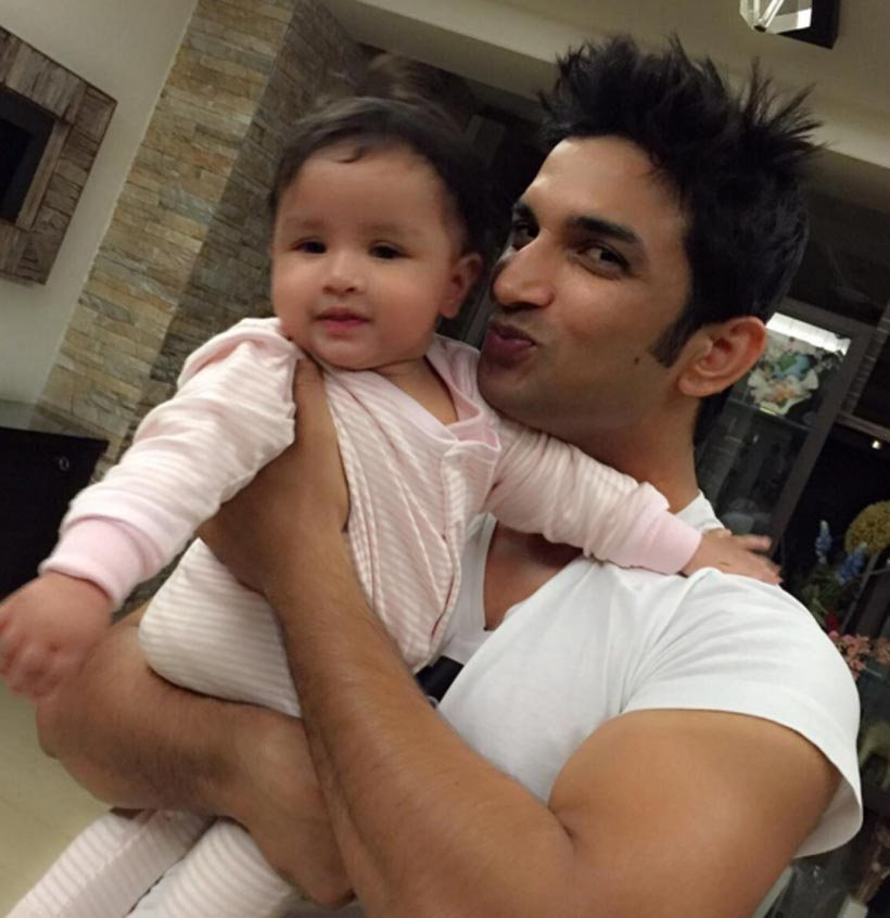Fine 20 Lovable Pictures Of Dhonis Adorable Daughter Ziva You Wouldnt Short Hairstyles Gunalazisus