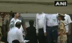 Mamata Banerjee at HD Kumaraswamy's swearing-in ceremony in
