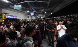 PM Modi made a surprise visit to Manduadih railway station