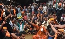 Protesters oppose the entry of women to the Sabarimala