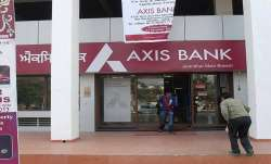 Axis Bank festive offer: Home loans starts at 6.9%, auto loans from 7.99% | Check deals and discount