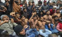 Delhi: Students protest shirtless at the campus against