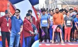 Tiger Shroff cheers runners at Mumbai Marathon 2020,