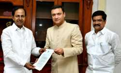 Akbaruddin Owaisi seeks funds for temple from Telangana CM