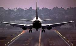 Turkey partially resumes domestic flights
