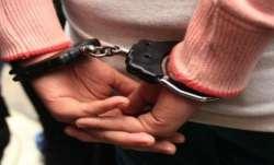 Man booked, Atrocities Act, assault, traffic cop Mumbai,  traffic cop assaulted, arrest, mumbai crim
