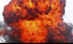 thirteen injured, gas cylinder explosion, Delhi, delhi news latest updates, cylinder explosion, fire