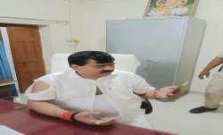 Former Congress MP, congress leader pramod tiwari, pramod tiwari booked, beating clash, BJP Pratapga