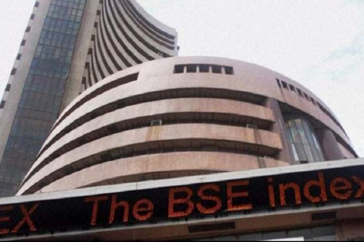 Sensex jumps 169 pts; IT stocks rally